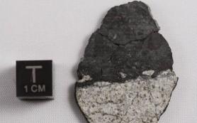 Метеориты поведали ученым о возрасте Луны
