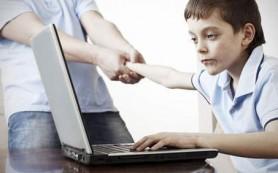 Подростки, проводящие в социальных сетях более двух часов в день, подвержены суициду
