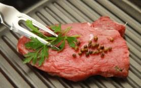 Красное мясо повышает аппетит, показало исследование