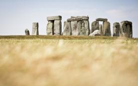 Британские археологи нашли под землей более крупную версию Стоунхенджа