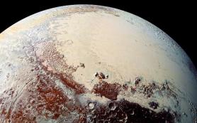 Ученые обнаружили на Плутоне воду и органические вещества