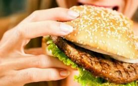 Специалисты назвали 8 блюд, которые увеличивают вероятность ожирения