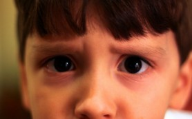 Шизофреники оказались не способны распознавать эмоции по выражению глаз