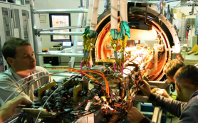 Российские физики разработали генератор синхротронного излучения для ЦЕРН