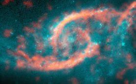 Столкновение двух галактик привело к формированию структуры, напоминающей глаз