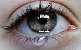 Причины cлезоточивости глаз. Медикаментозные и народные средства от аллергии