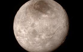 Спутник Плутона защищает от распада его атмосферу