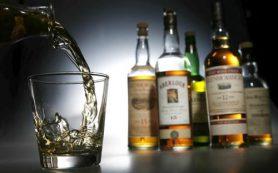 Даже небольшое количество алкоголя влияет на работу мозга