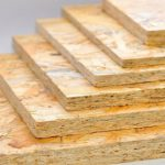 В Красноярске изобрели уникальный стройматериал из отходов деревообработки