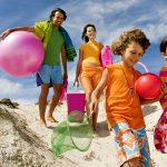 Пляжный отдых с детьми: что брать с собой для комфорта и развлечения малыша