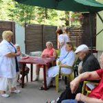 Преимущества платных частных домов престарелых