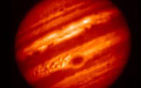 Телескоп «Субару» наблюдает Юпитер в среднем ИК-диапазоне