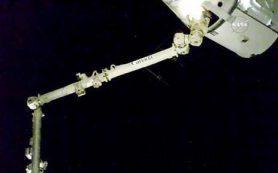 Космический «грузовик» Dragon достигает МКС