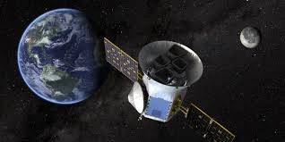 Космическая обсерватория TESS приступила к научным операциям