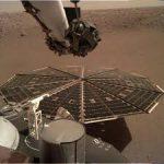 Зонд НАСА InSight слышит завывание марсианского ветра
