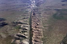 В МФТИ научились предсказывать трещины и разломы Земли