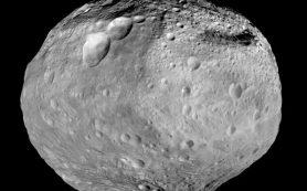Астероид Веста испытал в древности мощное столкновение, считают ученые