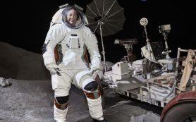 Космический костюм нового поколения защитит астронавтов на Луне и на Марсе