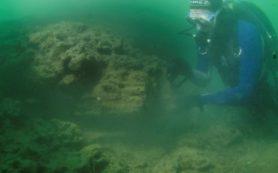 Под водой обнаружено место строительства лодок каменного века