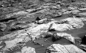Curiosity, Sol 2572-2573: Камни у Central Butte