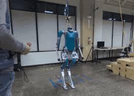 Двуногого робота Digit научили не путаться под ногами