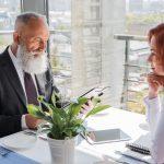 Почему при купле-продаже жилья следует обращаться за помощью к профессиональным риелторам?