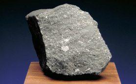 Необычный метеорит содержит зерна древнейшего материала Солнечной системы