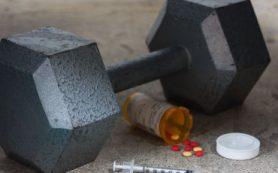 Накопленные дозы пероральных стероидов связаны с повышением артериального давления