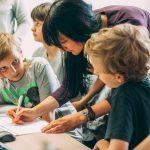 """""""Для детей важны примеры и поступки"""". Интервью с экспертом по современным программам работы с подростками"""