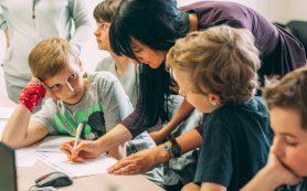 «Для детей важны примеры и поступки». Интервью с экспертом по современным программам работы с подростками