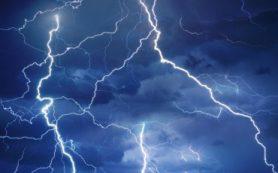 В ИПФ РАН выяснили, что управляет движением молний через атмосферу