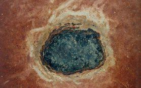 Древние метеориты можно найти в скалах, в форме окаменелостей