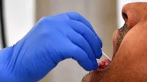 Новый коронавирус живёт во рту