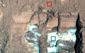 Марсианский снег богат пылью и может плавиться на поверхности планеты