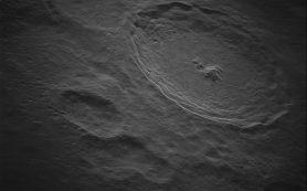 Лунный кратер Тихо сфотографирован в мельчайших деталях