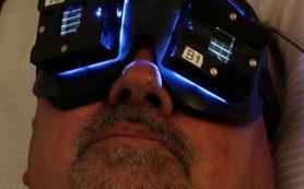 Может ли новая световая терапия помочь людям с болезнью Альцгеймера?