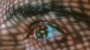 Наночастицы доставляют лекарства в глаз