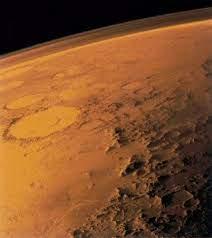 Сколько углекислотного снега выпадает зимой на Марсе?