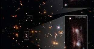 «Двойная» галактика приводит в изумление астрономов миссии Hubble